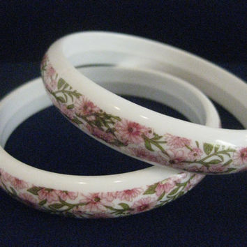 Pair of Pretty Floral White Plastic Bakelite Bangle Bracelets w/ Pink and Green Flowers