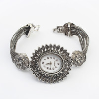 Stylish Bracelet Watch [4918787140]