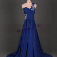 2015 long royal blue chiffon prom dress with train,latest affordable bridesmaid dresses hot,cheap women gowns for wedding party in stock.