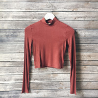Gwen Ribbed Mock Neck (Rust)
