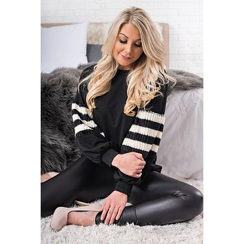 NYC Faux Fur Sleeve Top (Black/White)
