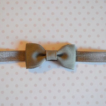 Charcoal Gray Baby Bow Headband. Tiny Gray Bow Headband. Baby Hair Accessories. Baby Girls Hair Accessories. Baby Bow Headband. Gray. Grey