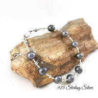 Sterling silver (.925) Grey pearl bracelet, grey jewelry, gemstone bracelet, fine jewelry, pearl jewelry, body novelties