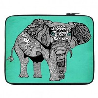 https://www.dianochedesigns.com/shop/shop-by-product/laptop-sleeves/new/laptop-pom-graphic-design-elephant-of-namibia-color.html
