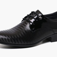 Bryan Men Patent Oxford Shoe