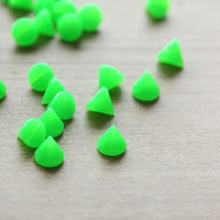 50pcs of Neon Green Spikes Cone Acrylic Beads - 8mm