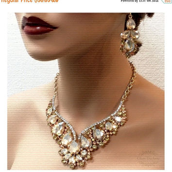 Wedding jewelry set, Bridal back drop bib necklace and earrings, vintage inspired crystal, Champagne statement, crystal jewelry set