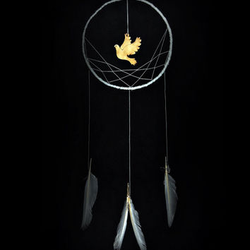 Minimalist dreamcatcher, white, wall hanging, pigeon, white feathers, dream catcher, long, large, handmade, bedroom decor, PEACE