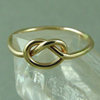 Gold Love Knot Ring / Gold Knot Ring / Mother Daughter Ring / Infinity Ring / Tie the Knot Ring / Best Friend Ring