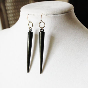 Spike Earrings Fang Earrings - Black Plastic Spikes with Twisted Rings on Silver Toned Earring Hooks - Show Me Your Fangs
