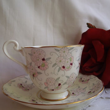 Vintage Tea Cup and Saucer , Fenton Bardia Bone China Porcelain, Hilgly Collectible , 1940's