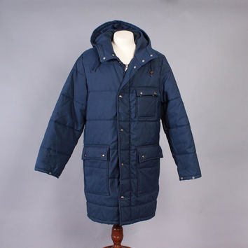 Vintage 70s COAT / 1970s Men's Navy Blue Puffy Down Warm Winter Duffle Coat with Hood L