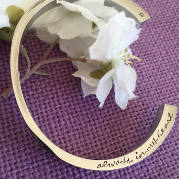 Personalized Cremation Urn Cuff Bracelet - Cremation Jewelry - Cuff Bracelet - Memorial Jewelry - Sympathy gift - Personalized