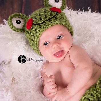 Green Baby Frog Outfit Newborn Baby Photo Prop