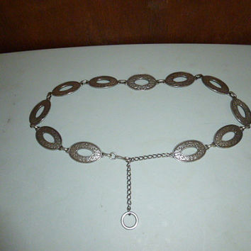 Vintage Womens Pewter Finish Open Oval Chain Belt