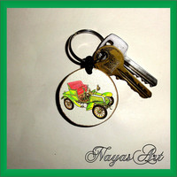 Keychain Old Car personalized. Accessories Old Car keyring. White Wood Handmade Keyring Keychain. Unique keychain Wooden natural slice gift