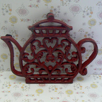Teapot Cast Iron Trivet Hot Plate Heritage Red Distressed Shabby Chic Ornate Heart Center Bistro Cafe Kitchen Rustic Country Chic Decor