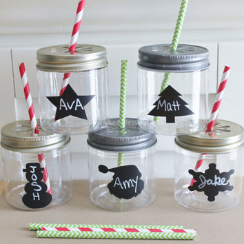 Christmas Plastic Mason Jars with Daisy Lids, 24 Holiday, Kids Plastic Jar Cups, Mason Jar Glasses, Kids Table Setting, Holiday Favors 8oz