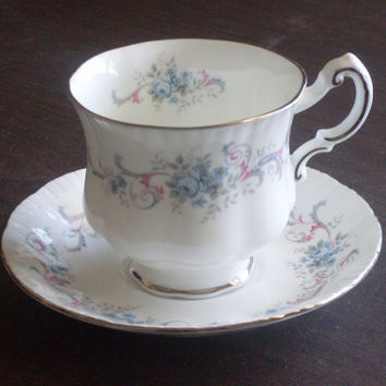 Vintage 1950s Paragon Tea Cup and Saucer