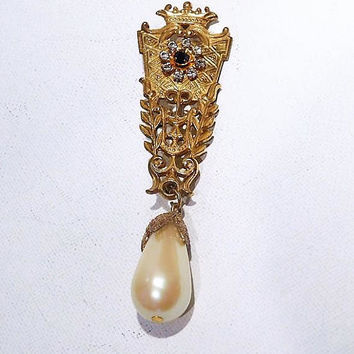 Signed MIRIAM HASKELL Brooch / Russian Gilt Finish / Dangle Pearl / Rhinestone / 1940s Miriam Haskell Jewelry