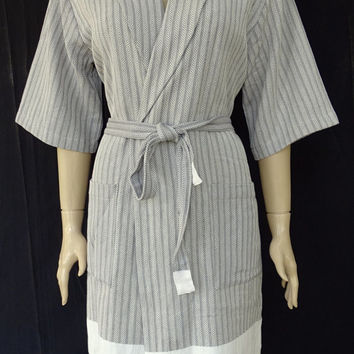 Women's gray colour chevron patterned soft cotton kimono bathrobe, bridesmaid robe, dressing gown, maternity robe, pool robe.