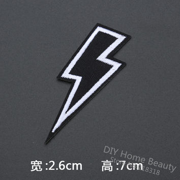 1 PCS Vintage Lightning Clothes Embroidered Iron on Patches for Clothing Retro Stripes Motif Appliques parches badges 7*2.6 CM