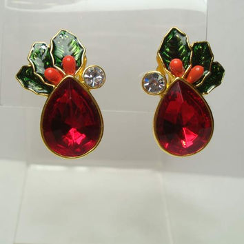 Avon Colorful Red Green Clip On Earrings Pear Shaped Holiday Jewelry