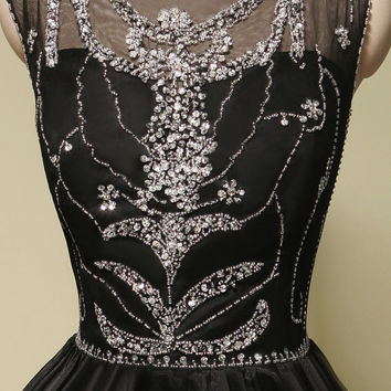 Stunning Beading Scoop Neckline Charming Short Prom Dresses Sexy Black Organza Women Party Dresses Short Homecoming Dresses