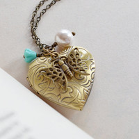 Heart Locket Necklace,Antique Style Locket Pendant Flower, White Pearl,Butterfly Locket Pendant,Romantic Keepsake Antique Brass Gold locket