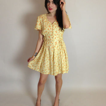 90s YELLOW FLORAL ROMPER - lace-up sides - scalloped neckline - medium