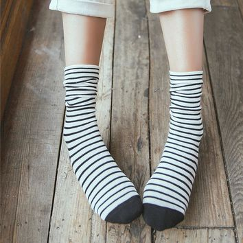 New Style Women Socks Spring Autumn Japanese Fashion Harajuku Colorful Striped Socks Medias Cotton Thick Warm Long Funny Socks