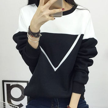 2016 Winter New Fashion Black and White Spell Color Patchwork Hoodies Women V Pattern Pullover Sweatshirt Female Tracksuit M-XXL