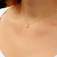 Small gold moon minimalist necklace, tiny moon necklace, gold filled chain necklace, simple moon elegant necklace, gift, bridesmaids