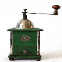 AMAZING PEUGEOT green french wooden and metal coffee GRINDER modele Valentigney - coffee Mill - Shabby chic