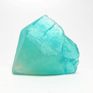 Rough Cut Aquamarine Quartz Crystal Soap in Aloe Vera Cucumber