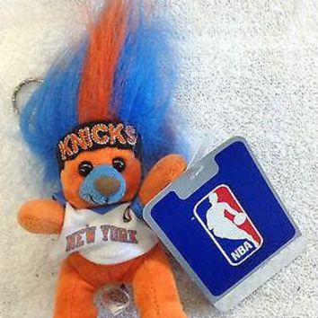 NBA New York Knicks Stuffed Animal Key Chain Backpack Clip w/ Plastic Clip NEW!