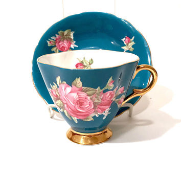 Windsor Tea Cup Teal Blue Green Pink English Roses Floral Bouquet Scalloped Gold Trim Footed Cup English Bone China Vintage Tea Cup & Saucer
