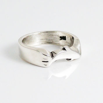 Ring Hand Carved Dolphin Design In Sterling Silver 925