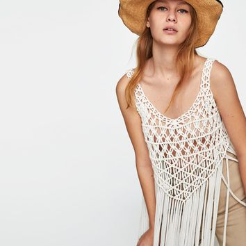 MACRAMÉ TOP WITH FRINGEDETAILS