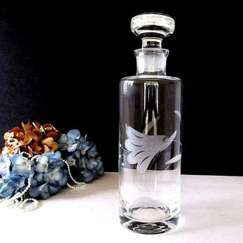 Vintage Decanter Etched Blown Glass, Flower etching, Solid Glass Stopper, Bar ware barware liquor whiskey wine carafe, Mid Century Decanter