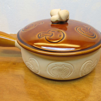 VINTAGE ENESCO STONEWARE BEAN POT MADE IN JAPAN LARGE