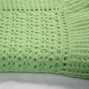 Hand Crocheted Baby Afghan - Lime Heirloom Ruffles - Free Shipping