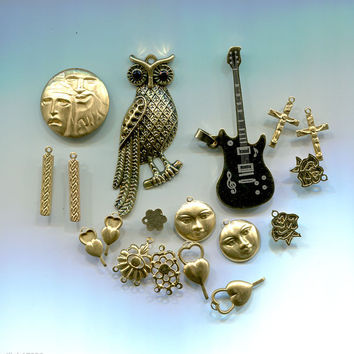 mixed charms pendants goldtone owl guitar moon vintage metal jewelry 18 pc lot