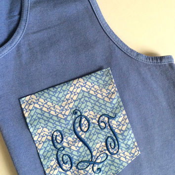 New--Vineyard Vines CHEVRON WHALE Fabric Pocket - Monogrammed TANK!