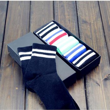 Unisex 5pcs Striped Socks