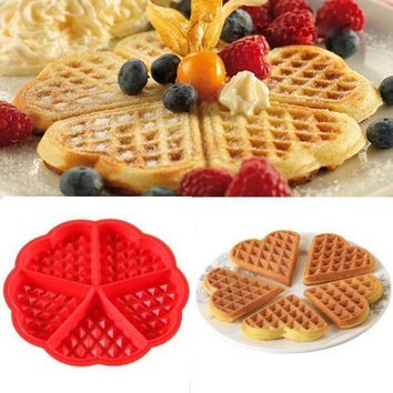 ICIKU7Q Kitchen Silicone Mini Round Waffles Pan Cake Baking Mould Mold Waffle Tray