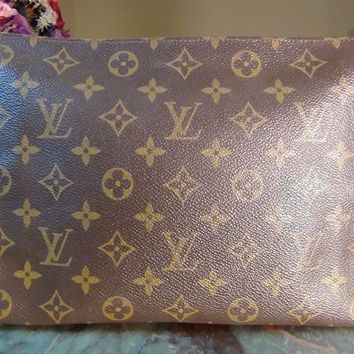 US seller Authentic LOUIS VUITTON MONOGRAM TOILETTE 26 POUCH BAG CLUTCH LV PURSE