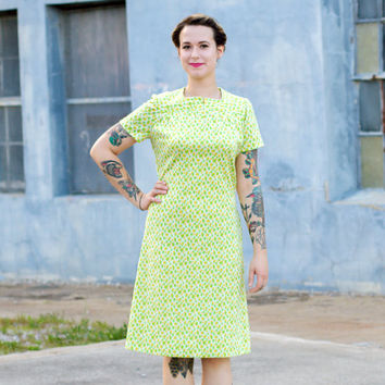 vintage 1960s shift dress / polyester dress / 60s mod dress small / lime neon green dress / yellow dress women / 60s shift dress retro dress