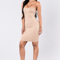Case Of The New Girl Dress - Taupe