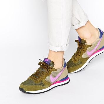 Nike Internationalist Olive Trainers